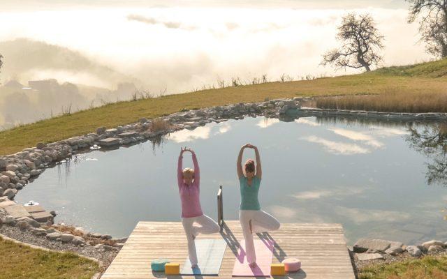 Yoga_Lake_Square